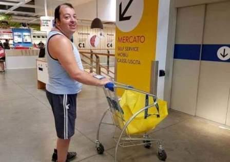 Vi Porto All'Ikea… Forza Juve!